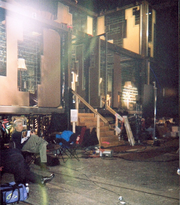 Behind The Scenes Of 13 Ghosts A Frightfully Gory Experience