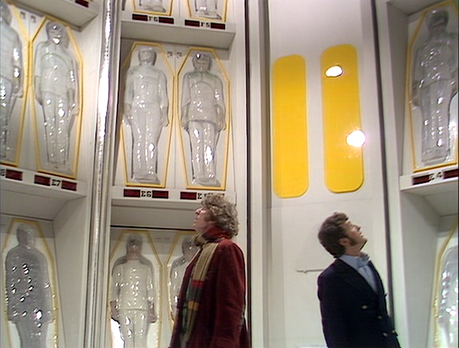 DOCTOR WHO The Ark In Space- Cryochamber