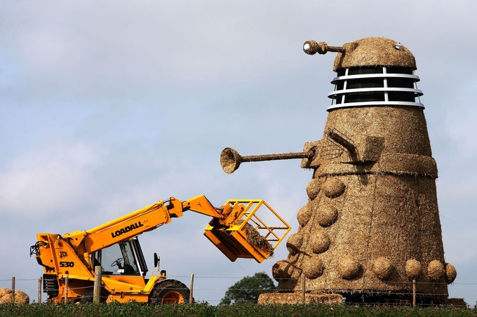 Hay, it's a Dalek!!