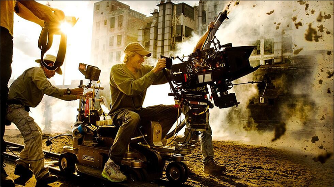 Michael Bay filming TRANSFORMERS: AGE OF EXTINCTION