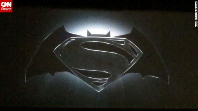 SUPERMAN/BATMAN logo - Comic Con