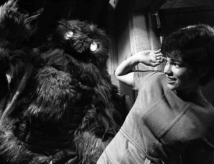 Tina Packer as Anne Traver -vs- a roboYeti in DOCTOR WHO: The Web of Fear