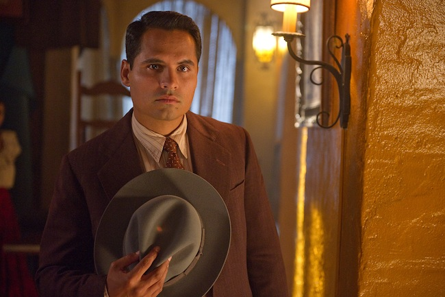 Michael Peña in GANGSTER SQUAD