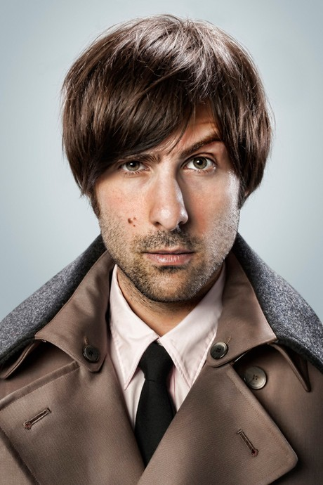 Jason Schwartzman the latest to Burton it up on BIG EYES!!