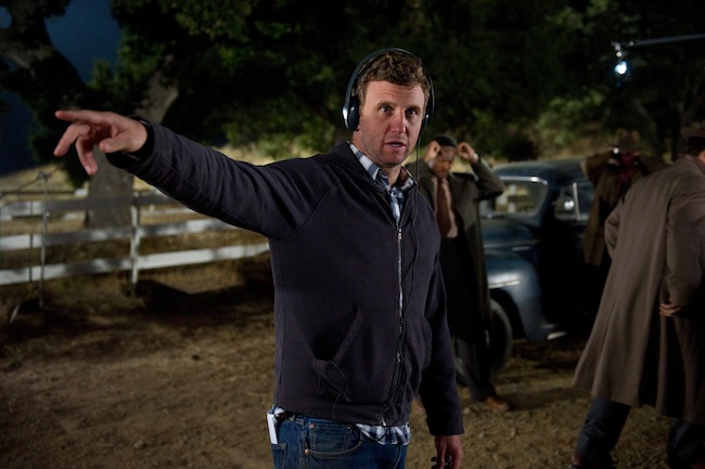 Ruben Fleischer directing on the set of GANGSTER SQUAD