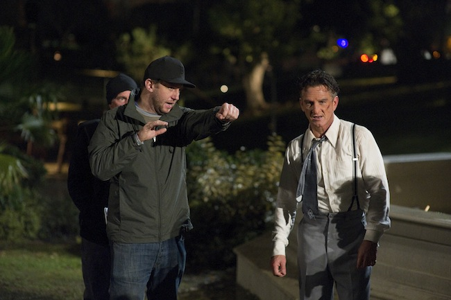 Ruben Fleischer directing Sean Penn on the set of GANGSTER SQUAD