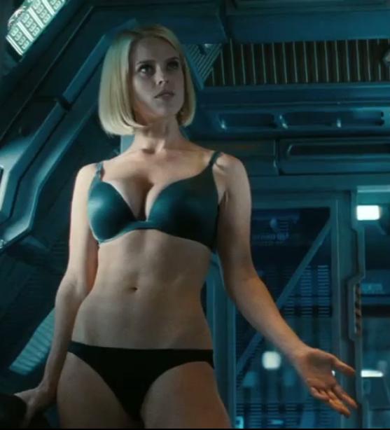 Alice Eve Bikini Trek