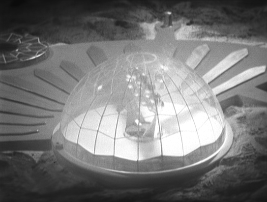 DOCTOR WHO: The Moonbase - Gravitron