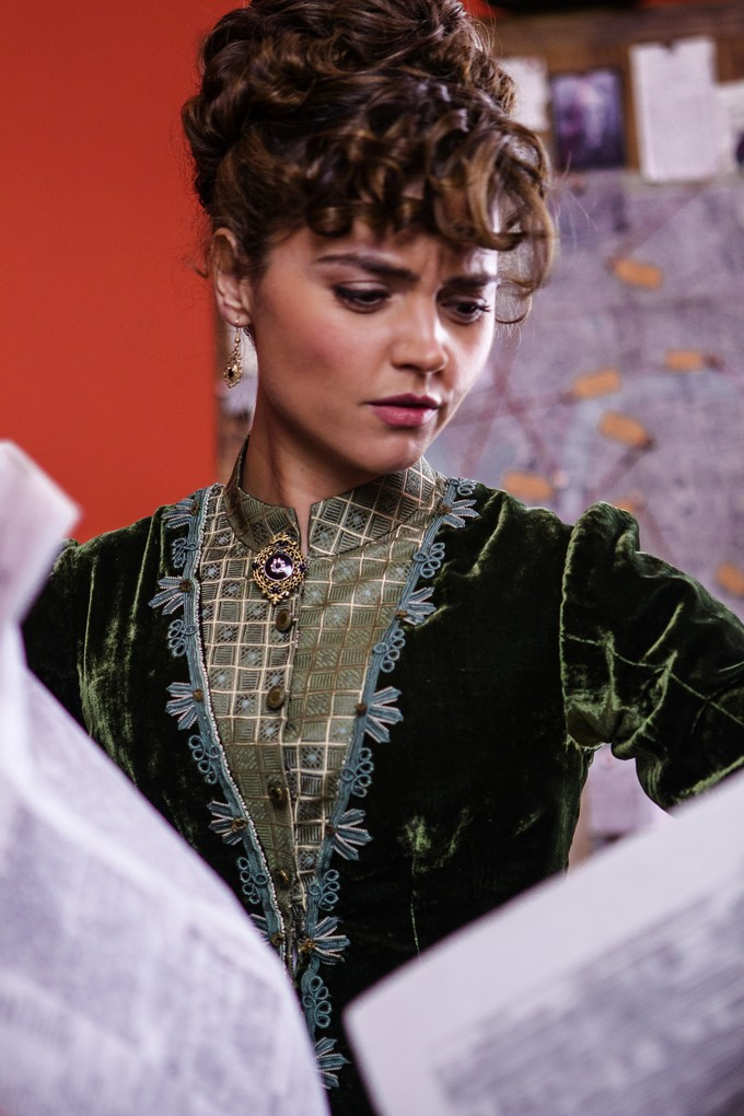 DOCTOR WHO S8 - Deep Breath - Jenna Coleman