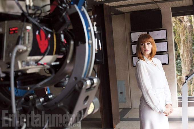 JURASSIC WORLD - Bryce Dallas Howard