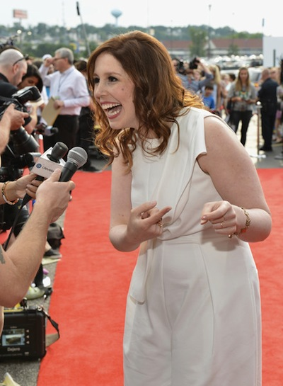 vanessa bayer snl miley cyrus