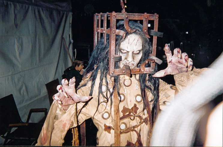 Herbert Duncanson as The Hammer & Behind the Scenes of 13 GHOSTS! A frightfully gory Experience!