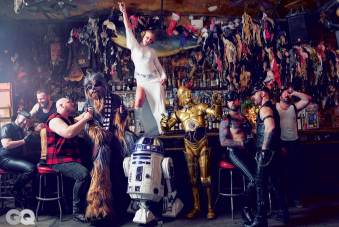 Wanna See Amy Schumer's STAR WARS Pics For GQ?? Probably Not, But Here They Are Anyway…