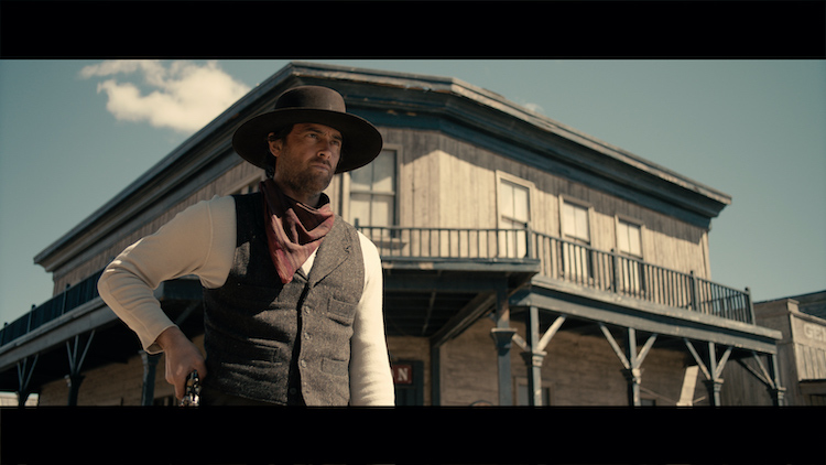 Stuart Townsend as Jericho Ford in the western/action film, APACHE JUNCTION, a Saban Films release. Photo courtesy of Saban Films.