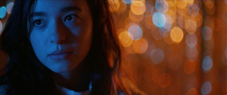 Mikey Madison as Kat Walker in the romantic comedy, IT TAKES THREE, a GUNPOWDER & SKY release. Photo courtesy of GUNPOWDER & SKY.