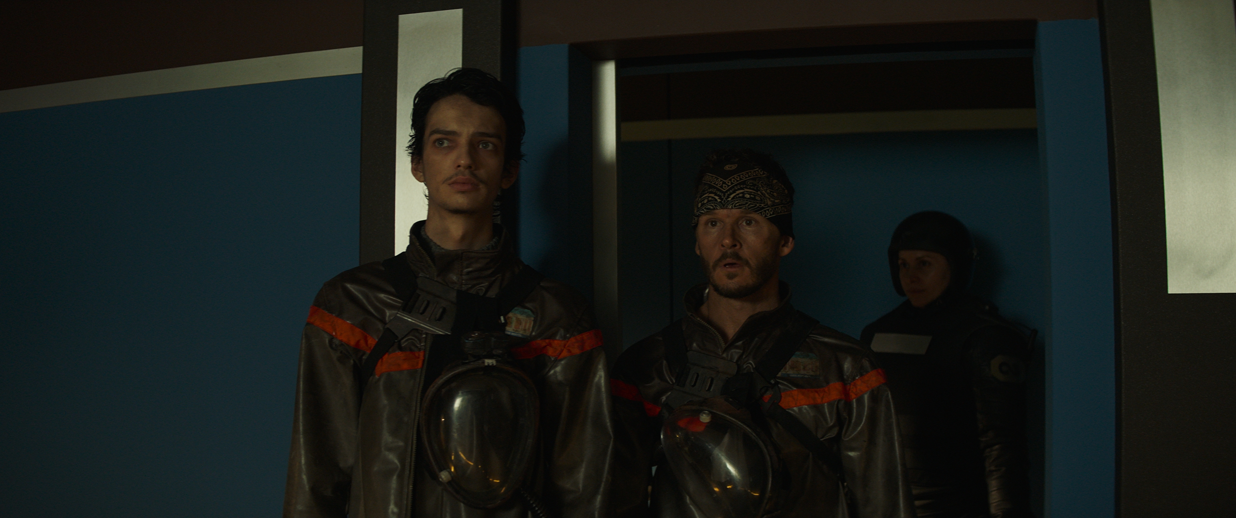 (L - R) Kodi Smit - McPhee as Ethan Whyte and Ryan Kwanten as Jude Mathers in the sci - fi thriller, 2067 , an RLJ E Films release. Photo courtesy of RLJ E Films